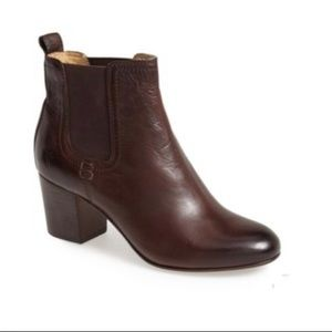 FRYE Stella Chelsea Heeled Boot Chestnut